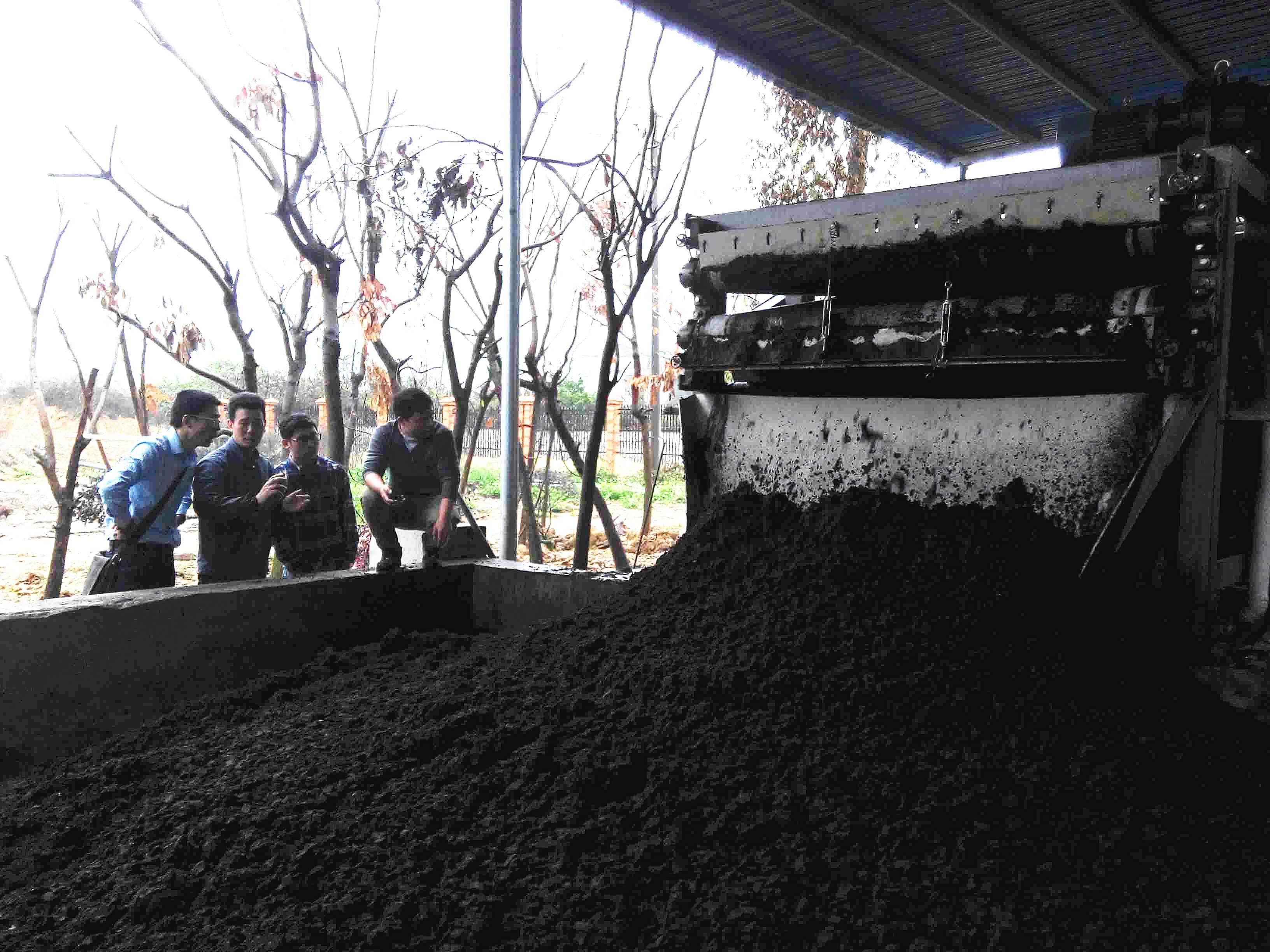 slaughter house sludge dewatering